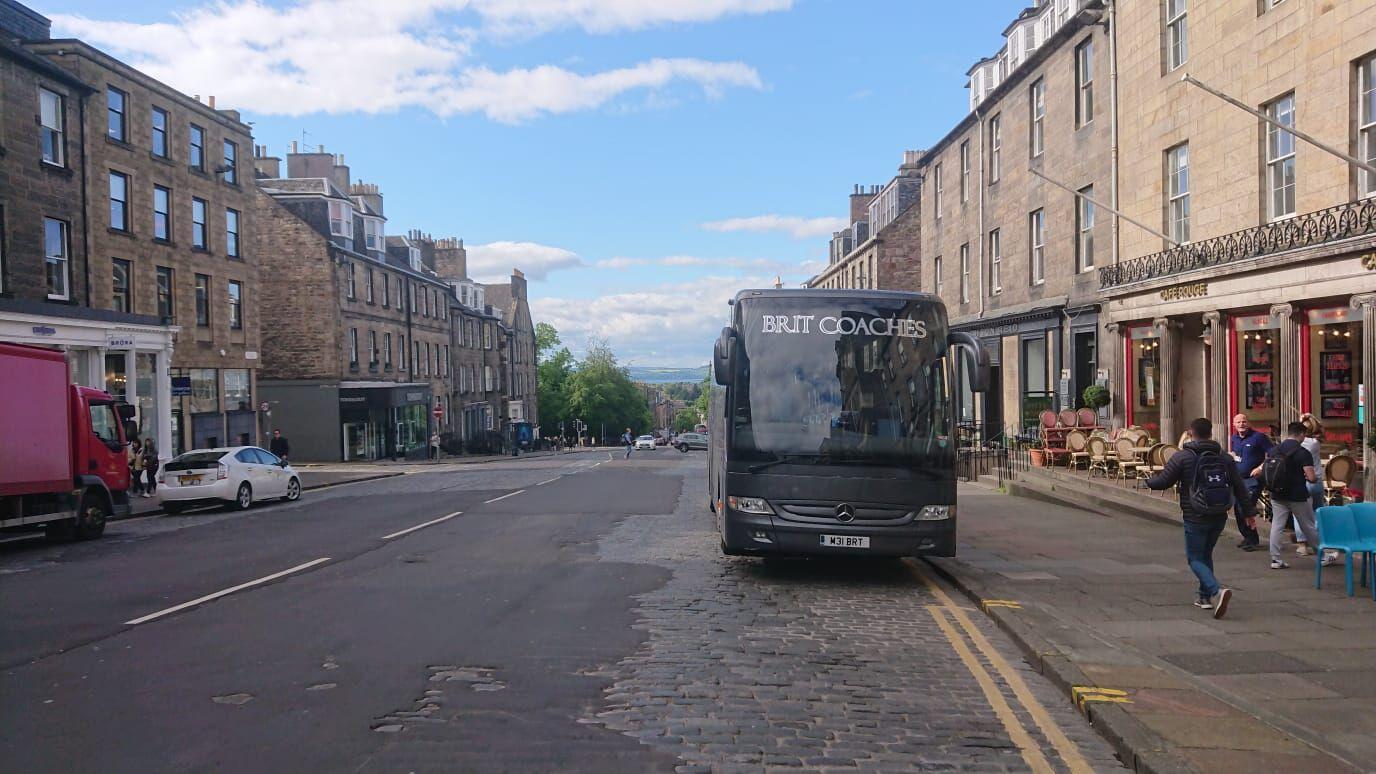 Coach - Scotland Streets